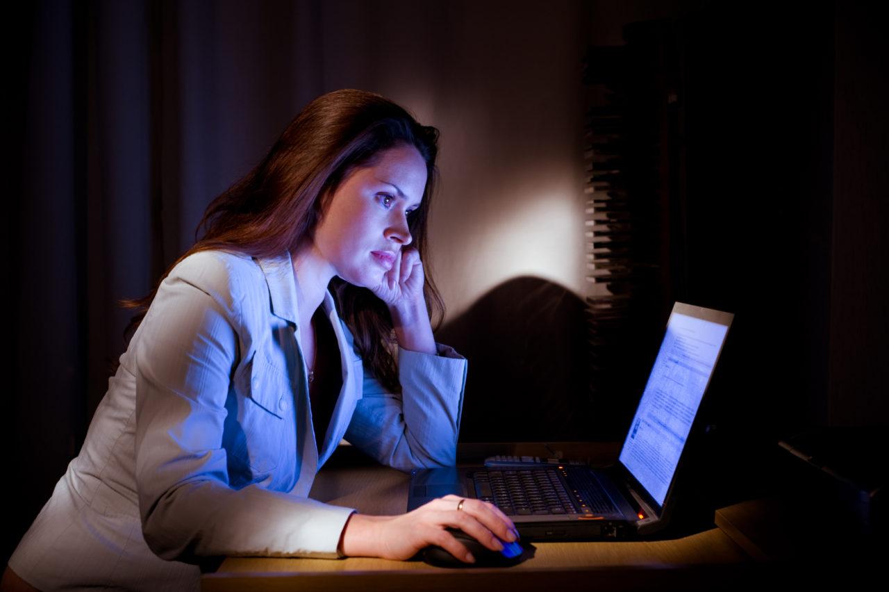 Нормы освещенности офисных рабочих мест и производственных помещений